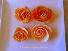 Flores con cascara de naranjas