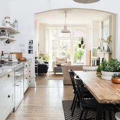 Scandi style open-plan kitchen and living room Ideal Home Open Plan Kitchen Dining Living, One Wall Kitchen, Open Plan Kitchen Diner, Open Concept Kitchen, Living Room Kitchen, Open Kitchen, Concept Kitchens, Quirky Kitchen, Kitchen Floors