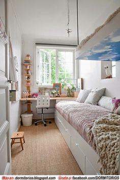 Habitaci n para adolescente estrecha co muebles blancos for Vivir en un piso pequeno con ninos