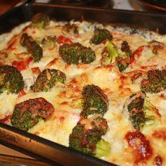 Vis innlegget for mer. Moussaka, Quiche, Broccoli, Cauliflower, Macaroni And Cheese, Nom Nom, Food And Drink, Homemade, Chicken