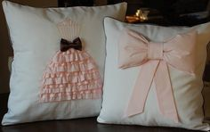 Lovely girly pillows.