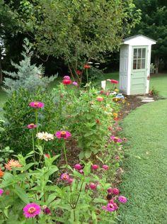 12 Garden Shed Ideas - DIY Garten Landschaftsbau Garden Shed Diy, Garden Tool Storage, Backyard Sheds, Outdoor Sheds, Shed Storage, Backyard Landscaping, Garden Tools, Garden Farm, Landscaping Ideas