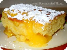Recipe For Lemon Lava Cake - Best of 2013 - Number 15 - If you like lemon, this is the cake for you! Lemon Lava Cake & it's super easy! Brownie Desserts, 13 Desserts, Lemon Desserts, Lemon Recipes, Sweet Recipes, Delicious Desserts, Dessert Recipes, Yummy Food, Lemon Cakes
