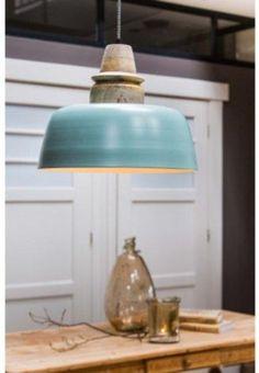 Hanglamp Margo - industrieel - groen - hout/naturel - 40x33cm - Light & Living  Een frisse kleur voor boven uw eettafel.