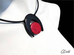 Collier design ras de cou en argile polymère de la boutique CreationGraindeSable sur Etsy