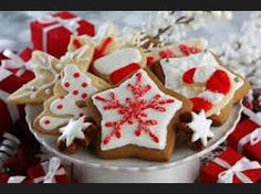 """This week's health tip: """"Nervous about gaining weight during the holidays? Decide what food items are worth eating before you leave your house. Eat less at dinner if you know your favorite dessert will be served. Best Christmas Cookie Recipe, Christmas Desserts Easy, Santa Cookies, Sugar Cookies, Cookie Recipes, Dessert Recipes, Dessert Ideas, Kinds Of Cookies, Cookie Swap"""