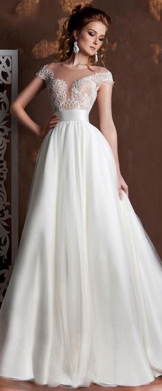 NEW! Graceful Tulle Sheer Jewel Neckline See-through A-line Wedding Dresses With Lace Appliques