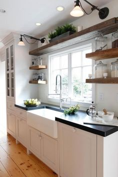 Farmhouse Sink With Stainless Faucet – – Bauernhaus Waschbecken mit Edelstahl Wasserhahn – Farmhouse Style Kitchen, Home Decor Kitchen, Rustic Kitchen, Home Kitchens, Farmhouse Faucet, Stainless Farmhouse Sink, Black Farmhouse Sink, Modern Farmhouse, Farmhouse Kitchens
