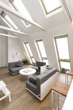 Gallery of Living Space / Ruetemple - 4