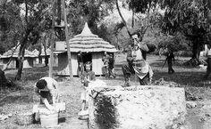 Κέρκυρα, αρχές δεκαετίας 1950, πλύσιμο ρούχων με ταβλομαστέλα στο Club Méditerranée