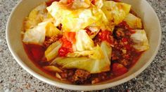 Sweet Russian Cabbage Soup Recipe - This is a simple recipe for a wonderful rich cabbage soup. Russian Cabbage Soup Recipe, Cabbage Soup Recipes, Cabbage Fat Burning Soup, Onion Soup Mix, Different Vegetables, Soup And Salad, Soups And Stews, Great Recipes, Favorite Recipes