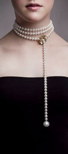 The price of a pearl necklace depends upon the quality of its pearls. Saltwater pearls are usually more pricey than freshwater ones, which are cultured. Pearl Jewelry, Beaded Jewelry, Jewelry Box, Jewelery, Fine Jewelry, Jewelry Necklaces, Jewelry Making, Jewelry Watches, Jewelry Case