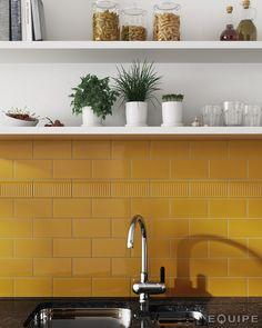 Evolution Amber, Decor Rex Amber 7,5 x 15 cm. #trend, #tile, #ceramic, #design, #encaustic, #kitchen, #kitchen tile, #house, #architecture, #interior design, #interior designer, #architect, #bath, #modern, #traditional, #contemporary, #contractor, #builder, #evolution, #basic colours, #elegant, #vanguard, #wall covering, #equipe, #white paste wall tile