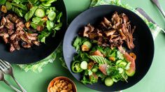 In this recipe for a Thai-inspired salad, made for a 6- to 8-quart electric pressure cooker, crispy pork, flavored with fish sauce and lime, is paired with sweet and juicy pomelo (or use grapefruit) and heady fried garlic chips If you'd rather make this in a slow cooker, you can; it'll take 5 to 7 hours on high (You can also make it in a stovetop pressure cooker, by trimming a few minutes off the cooking time