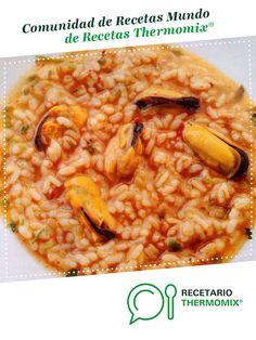 ARROZ CALDOSO CON MEJILLONES por tito_vazquez. La receta de Thermomix<sup>®</sup> se encuentra en la categoría Arroces y pastas en www.recetario.es, de Thermomix<sup>®</sup> Couscous, Risotto, Food To Make, Food And Drink, Rice, Pasta, Ethnic Recipes, Silver, One Pot Dinners