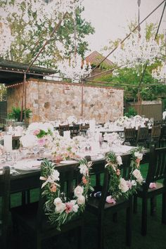 Sonoma outdoor classic wedding blush green white cream romantic flowers flower floral #nancyliuchin Vintage estate napa
