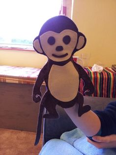 Picture of Easy stitch and glue monkey hand puppet