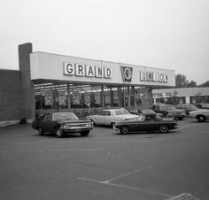The Grand Union supermarket where my parents shopped for years. You gotta love those prices! (not to mention the 1960s cars). On New Haven Avenue right on the border of Milford and West Haven Connecticut. June 29 1972 | Flickr - Photo Sharing!