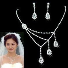 NEW LADIES CRYSTAL WEDDING/BRIDAL NECKLACE EARRINGS JEWELLERY SET for R130.00
