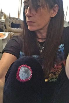 Visible Mending, Old T Shirts, Fast Fashion, Things To Think About, Patches, Hilarious, Selfie, T Shirts For Women, Face