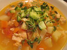 Kurkunystävän kalasoppa Thai Red Curry, Ethnic Recipes, Food, Eten, Meals, Diet