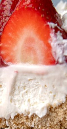 No Bake Strawberry Cheesecake Great Desserts, Best Dessert Recipes, Sweets Recipes, Apple Recipes, No Bake Desserts, Dessert Ideas, Delicious Recipes, Holiday Recipes, Yummy Food