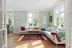 Panelvegger - stue i 100 år gammelt hus