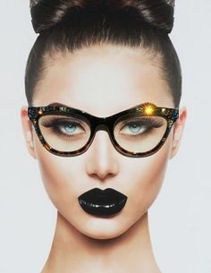 Black and Tortoise Cateye Hipster Eyewear, Cat Style Clear Glasses, Smoked Topaz and Aquamarine Bling Eyewear, Eyewear Nice Glasses, Girls With Glasses, Glasses Frames, Discount Eyeglass Frames, Discount Eyeglasses, Chic Fall Fashion, Geek Chic Fashion, Fashion Eye Glasses, Wearing Glasses