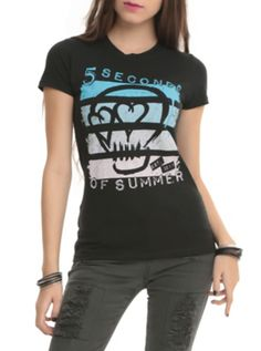 5 Seconds Of Summer Skull Girls T-Shirt Coolest 5sauce t-shirt i have ever seen.