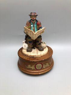 """Emmett Kelly Weary Willie Clown Hobo Music Box plays """"Good Times"""" Stanton Arts 1991 - Limited Edition by Anaforia on Etsy Emmett Kelly, Pierrot Clown, Good Times, Plays, No Response, Reading, Box, Paper, Link"""