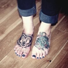 Tathunting for foot tattoos