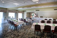 If you are looking for a location to  host your intimate wedding reception,  the Best Western Mt. Vernon Inn offers banquet facilities perfect for a smaller weddings.