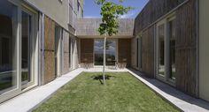 Residência b- Empordà /  B- Architecture