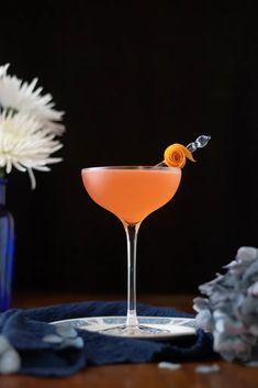 Cocktail Garnish, Cocktail Recipes, Cocktail Ideas, Drink Recipes, Aquavit Cocktails, Orange Twist, Craft Cocktails, Lime Juice, Food Print