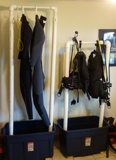 Surfing holidays is a surfing vlog with instructional surf videos, fails and big waves Surfboard Storage, Surfboard Rack, Scuba Diving Equipment, Scuba Diving Gear, Sea Diving, Cave Diving, Surf Room, Diving Board, Pool Accessories