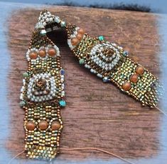 bracelet Compil - perlomania free pattern - scroll down & keep hitting previous post for all pages of pattern