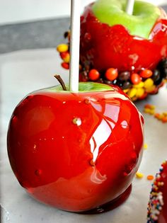 Candy Apples Recipe | The Mother Huddle