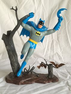 This is a Vintage Aurora Comic Scenes Batman I've had since I was about 10 years old. It was stripped of the horrible enamel paint job my younger self applied, rebuilt and repainted. Vintage Models, Vintage Toys, Famous Monsters, Custom Action Figures, Plastic Model Kits, Geek Stuff, Kid Stuff, Classic Toys, Old Toys