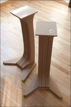 [DIY] pieds denceintes inspiration SonusFaber bcp dphoto Page 6 2991 Wooden Speaker Stands, Wooden Speakers, Diy Speakers, Hifi Stand, Audio Stand, Speaker Shelves, Diy Bookshelf Speakers, Hifi Video, Church Interior Design