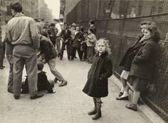 Walter Rosenblum - Girl with Polio, Rivington Street, New York, 1938