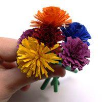 Einfache Quilling Blumen basteln Quilling, Floral, Flowers, Crafts, Paper Strips, Homemade, Tutorials, Hand Crafts, School