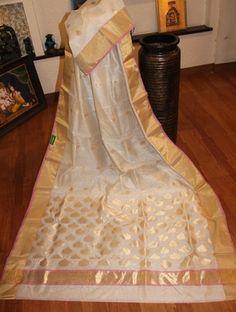 Chanderi Cotton Silk Saree Chanderi Sarees #sarees #saris #indianclothes #womenwear #anarkalis #lengha #ethnicwear #fashion #Bollywood #vogue #indiandesigners #handmade #britishasianfashion #instalove #desibride #bollywoodfashion #aashniandco #perniaspopupshop #style #indianbeauty #classy #instafashion #lakmefashionweek #indiancouture #londonshopping #bridal #allthingsbridal #statementpieces #weddingideas #jewelry #jewellery
