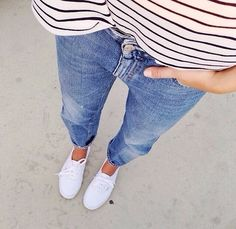 I wear keds alllll the time. So I like this casual outfit. Mode Chic, Mode Style, Looks Style, Style Me, Simple Style, Undone Look, Casual Outfits, Cute Outfits, Look Fashion