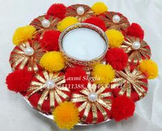 Arti Thali Decoration, Diwali Decoration Items, Thali Decoration Ideas, Diwali Diya, Diwali Craft, Diwali Gifts, Easy Arts And Crafts, Diy And Crafts, Diya Designs