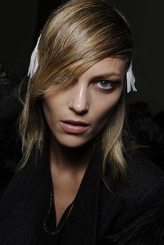 #model #AnjaRubik #backstage #beauty #fashion #icon #makup