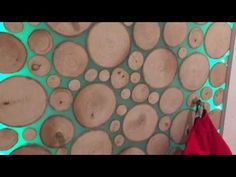DIY Garderobe epoxy resin - YouTube Epoxy Resin Table, Diy Epoxy, Diy Tisch, Wood Slice Crafts, Round Canvas, Diy Table, Resin Jewelry Making, Wooden Decor, Resin Art