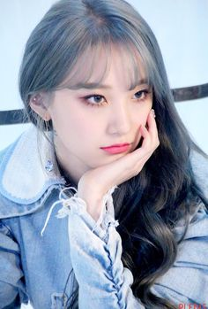 Pristin v, roa. shared by lost on We Heart It Kpop Girl Groups, Korean Girl Groups, Kpop Girls, Extended Play, Pristin Roa, Kim Min Kyung, Byun Jungha, Pledis Girlz, I Love Girls