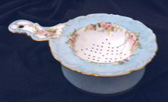 ANTIQUE T FRENCH PORCELAIN TEA STRAINER HANDPAINTED ROSES MADE IN FRANCE