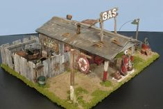 Vintage Gas Station 1:48 scale Diorama