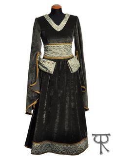 Margaery fantasy medieval renaissance dress, entirely in fine brocade and velvet, custom made